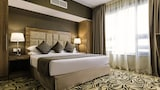 Emirates Plaza Hotel-hotels in Abu Dhabi