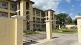 New Kingston Guest Apartment at Donhead - Kingston Hotels