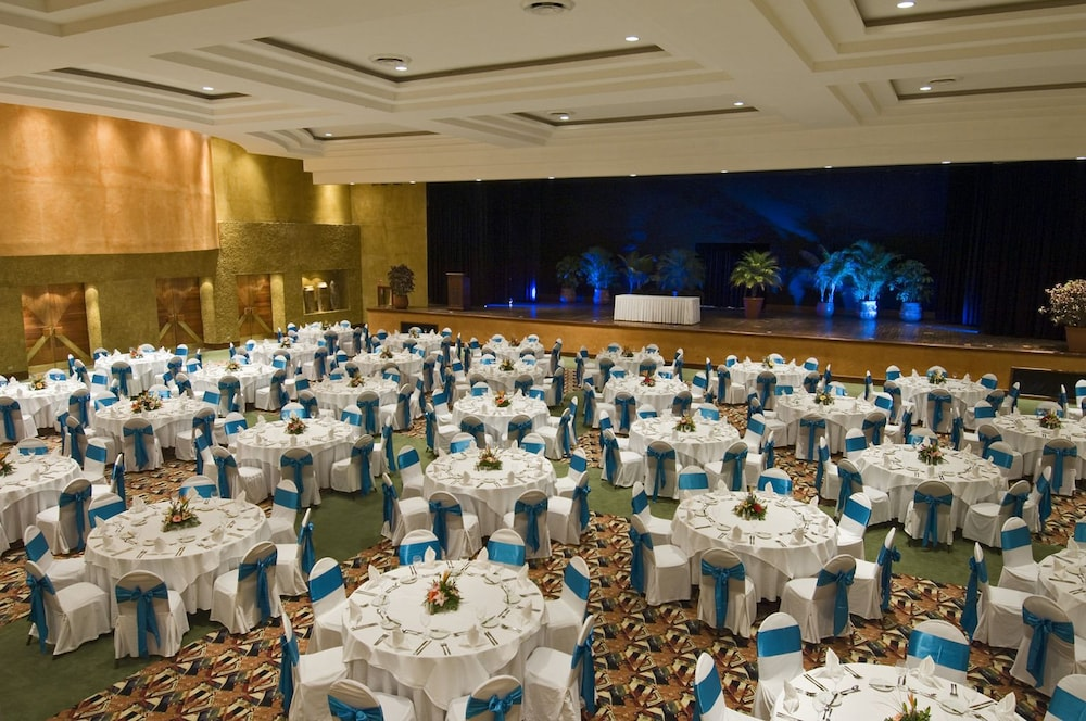 Foyer Oasis Grand Falls : Oasis cancun lite all inclusive in hotel rates