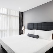 Meriton Serviced Apartments Church Street