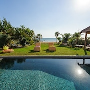 Oceanview Luxury Villa 038