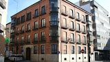Hostal Los Arces - Valladolid Hotels
