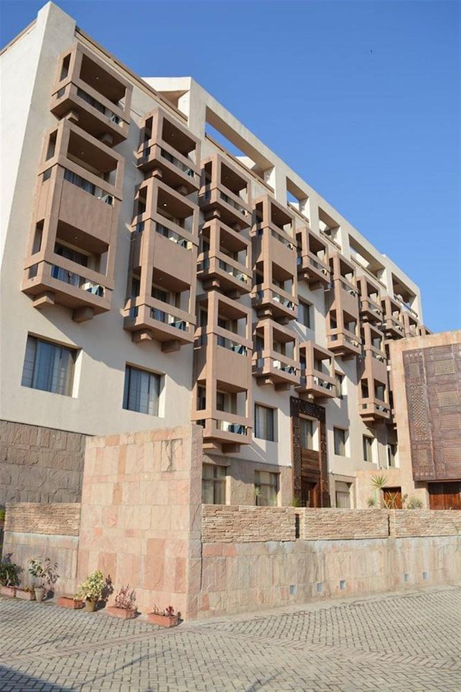 Grand Ambassador Islamabad: 2019 Room Prices $74, Deals