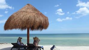 Ubicación a pie de playa, kayak, paseos en lancha motora y pesca