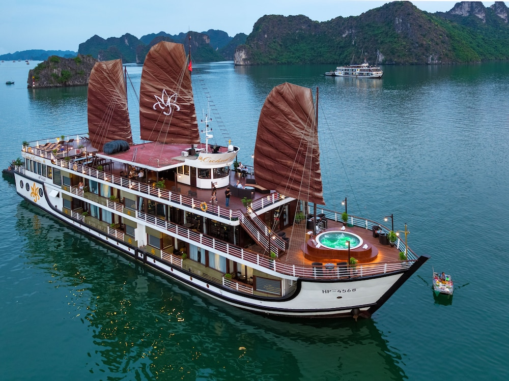 Building design, Orchid Halong Cruise
