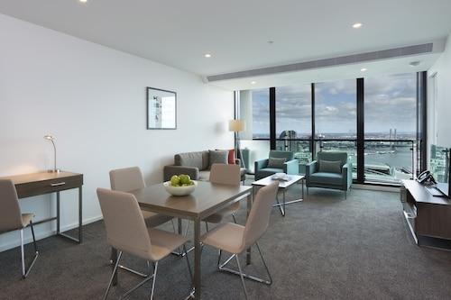 Serviced Apartments Melbourne Cbd Budget Holiday Apartments Au 103