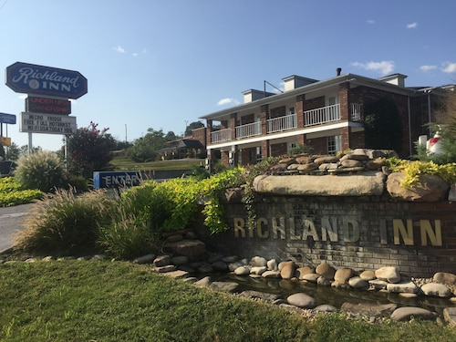 Great Place to stay A Richland Inn Hotel near Pulaski