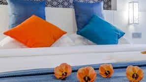 高級寢具、羽絨被、記憶棉床墊、迷你吧