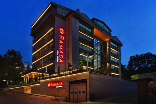 Top 10 Accommodation Near Anatolium Shopping Center from AU 47  5814b5947e