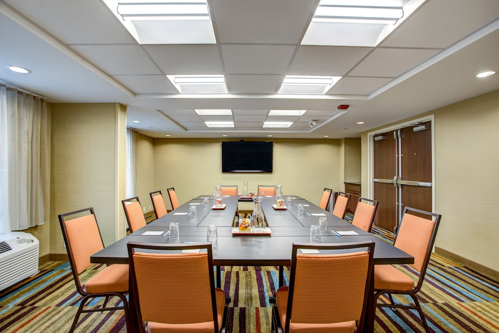 Meeting Facility, Fairfield Inn & Suites Springfield Holyoke
