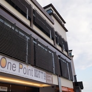 One Point Hotel - RH Plaza