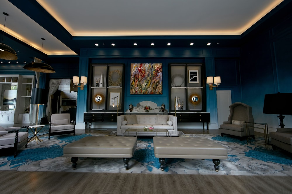 Lobby Lounge, Elyton Hotel, Autograph Collection by Marriott