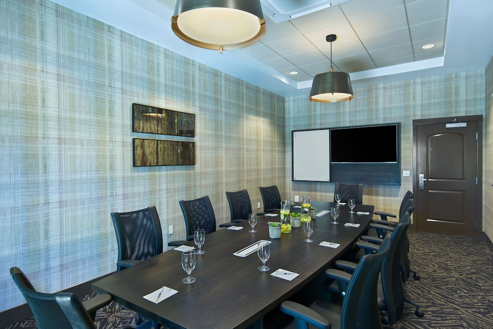 Meeting Facility, Oxford Suites Sonoma County