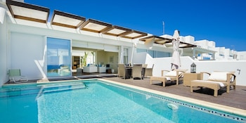 Oceanview Luxury Villa 063