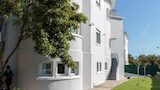 Charming Estoril Guesthouse B&B - Cascais Hotels