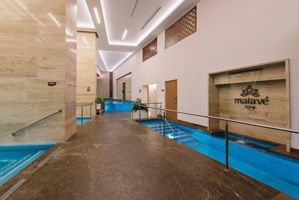Spa, The Club at Sheraton Buganvilias Adults Only