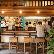 THE PAX HOSTEL / CAFE / RECORDS