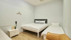 1 間臥室、羽絨被、Tempur-Pedic 床墊、家具佈置各有特色