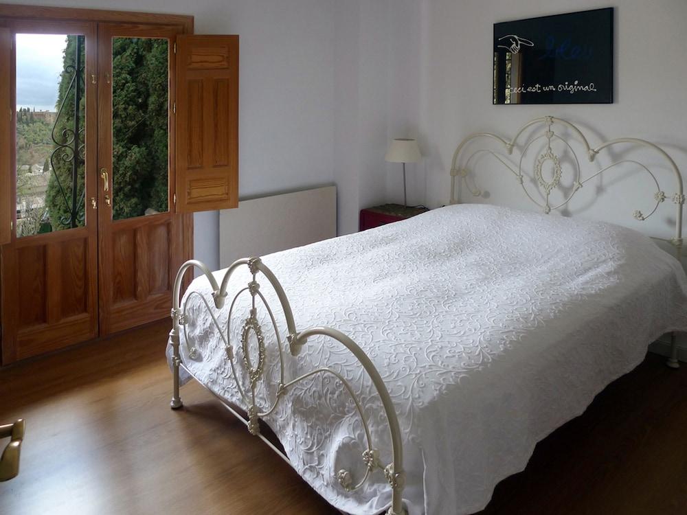 Las Tres Terrazas In Granada Hotel Rates Reviews On Orbitz