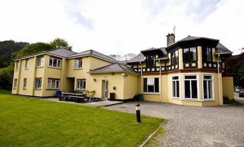 Glendalough International Youth Hostel