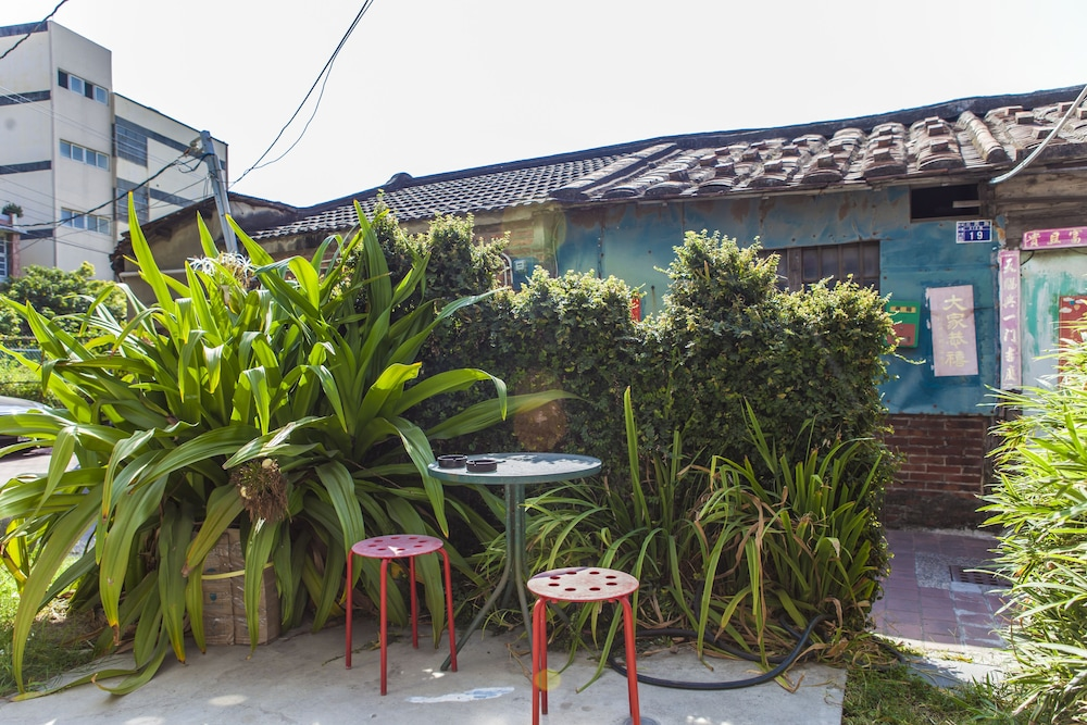 Courtyard, Lover Homestay