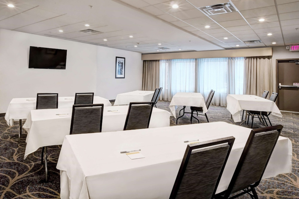 Meeting Facility, Hampton Inn & Suites Baltimore/Aberdeen