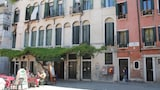 Apollo House - Venice Hotels
