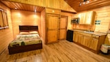 Elite Cabins and RV Park - Big Spring Hotels
