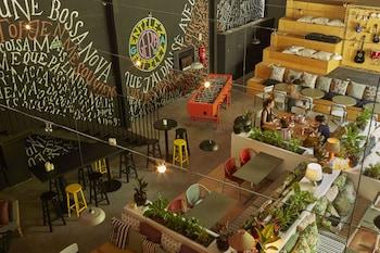 Rua Paschoal Carlos Magno 05, Cep: 20240-290 Rio de Janeiro, Brazil.