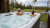 Talus Rock Retreat - Sandpoint Hotels