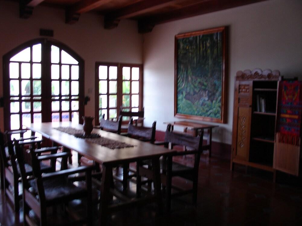 Casa Del Caballo Blanco Reviews Photos Rates