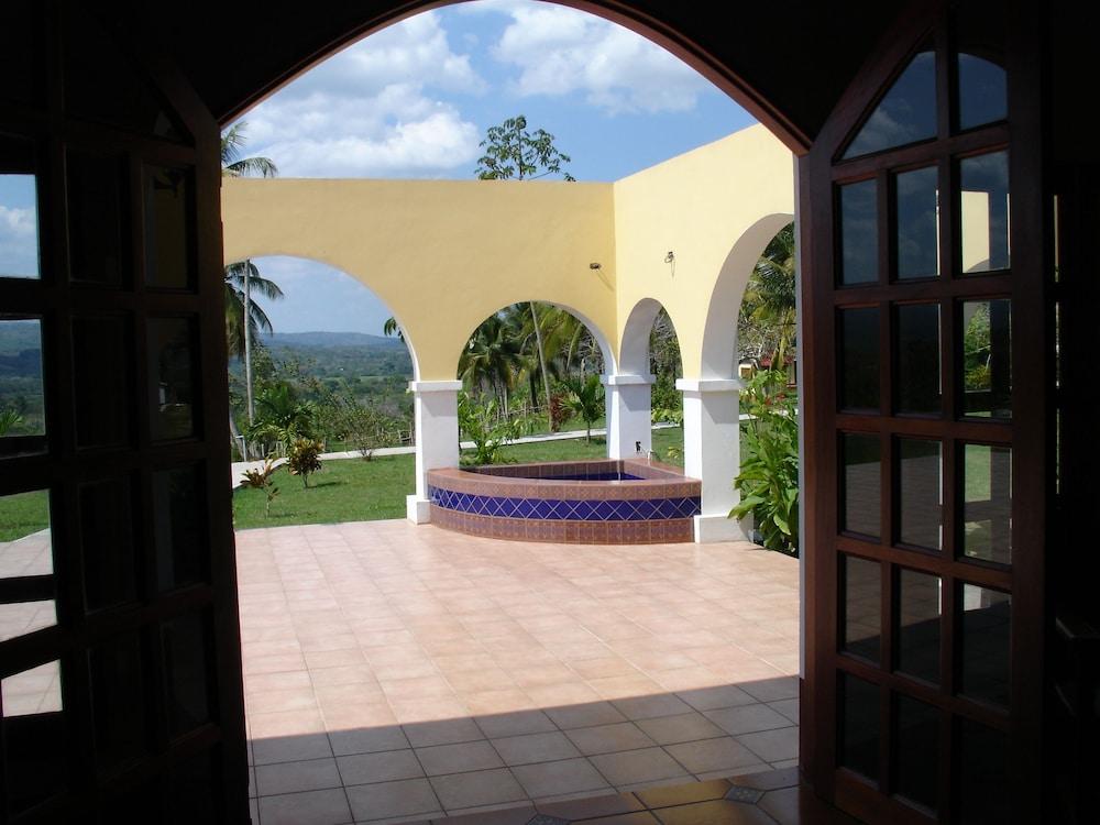Casa Del Caballo Blanco In Belize Hotel Rates Reviews