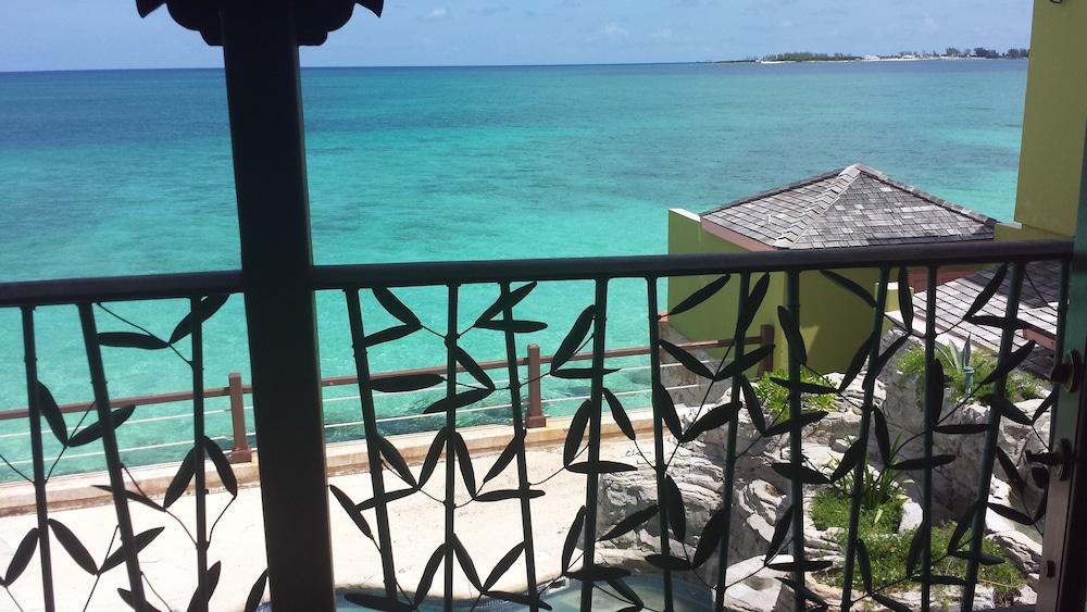 Marley Beach House Nassau
