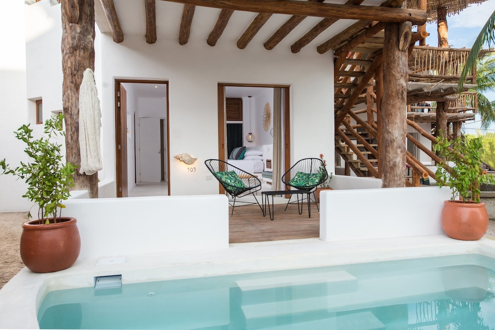 Villas hm palapas del mar 2017 room prices deals for Villas hm palapas del mar