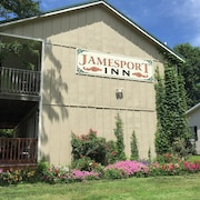 Jamesport Inn