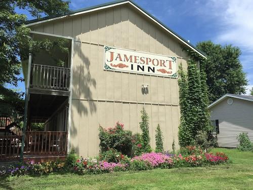 Great Place to stay Jamesport Inn near Jamesport