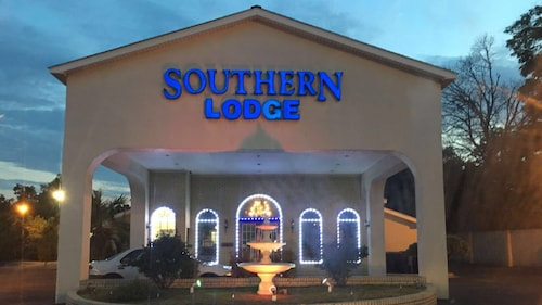 Southern Lodge & Suites
