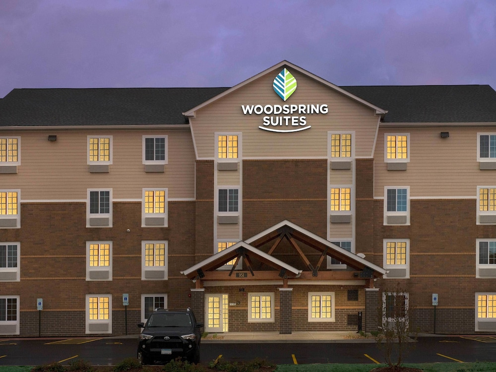 hotels darien page county illinois