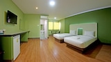 Central Park Hotel - Sing Buri Hotels