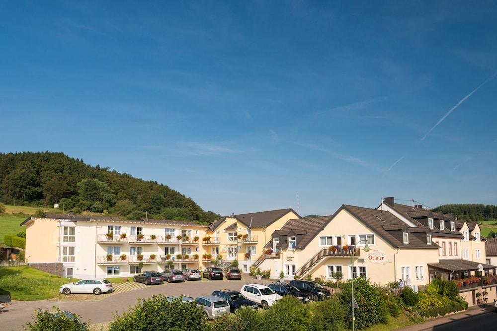 Landart hotel beim brauer in eifel hotel rates reviews for Hotels in eifel germany