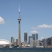 Lavish Suites- New Two Bedroom - Amazing CN Tower View