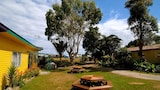 Karamea Farm Baches - Rongo Backpackers - Karamea Hotels