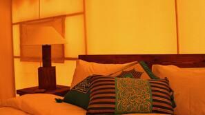 Premium bedding, rollaway beds