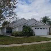Robert's Indian Point Villa 4 Bedroom IPG Florida