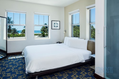 Suites at Congress Ocean Drive