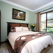Summer Garden Guest House and Self Catering Apartments