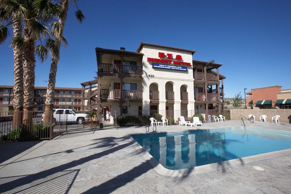 Ez  Motel Lancaster Ca