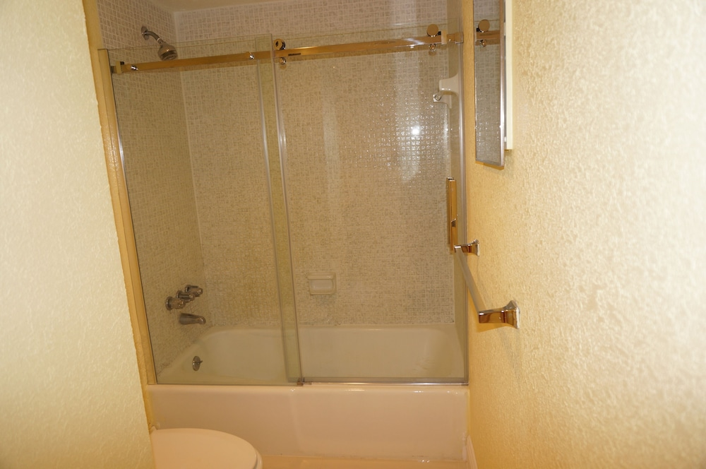 Bathroom Shower, Sian Oceanfront Condos