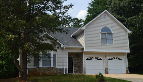 Great Place to stay Opis Realty - Stonebridge near Conyers