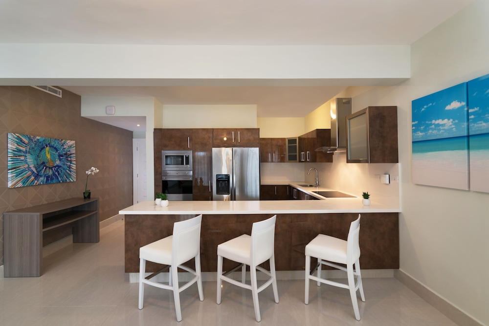 Private Kitchen, Radisson Blu Resort & Residence Punta Cana All Inclusive